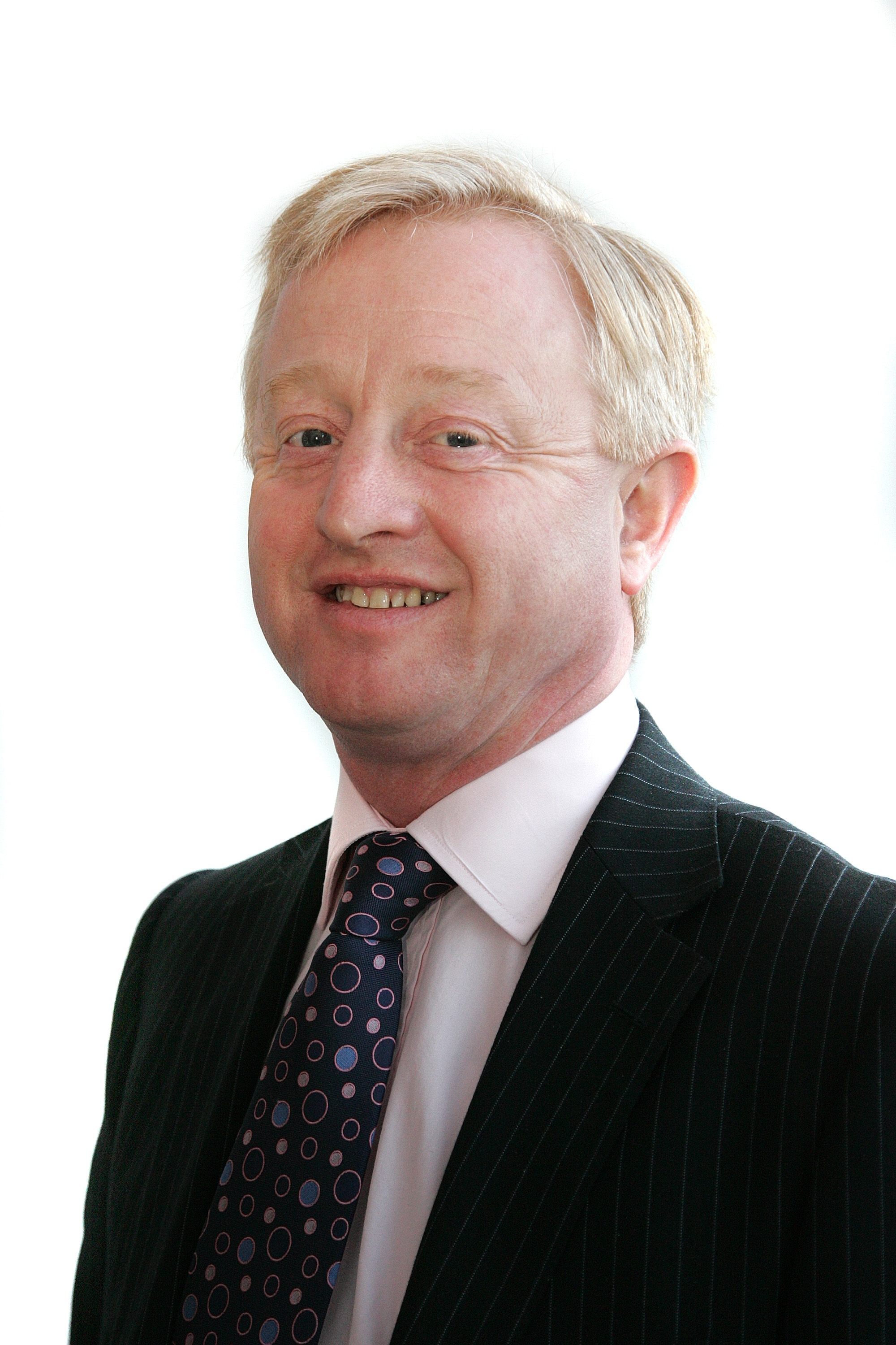 Chris Marston appointed chief executive of LawNet April 2014